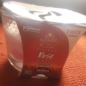 Glade Rose 3 Wick Candle